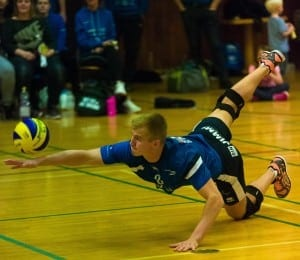 Konrad figther på gulvet