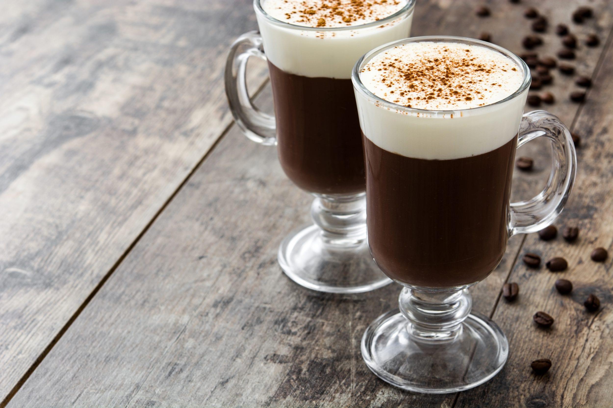Moderne Danskerne varmer sig på Irish Coffee | Dit Korsør AM13